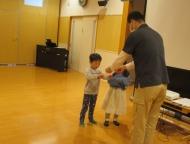 お遊戯室にて修了式・お別れ会が行われました
